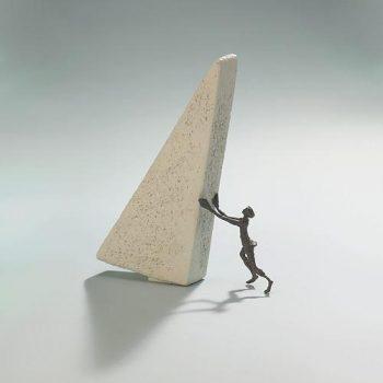 Berge-versetzen-Kött-Gärtner-Luise-Bronze-Skulptur-0