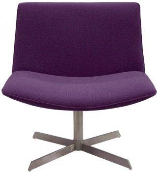 designbotschaft-Cesena-Loungesessel-in-Violett-0
