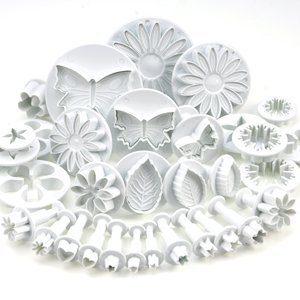 33-teiliges-Dekorations-Set-fr-Torten-Zuckerhandwerk-with-Ausstechformen-Druckstempel-fr-Blumen-Laubblatt-Formen-By-KurtzyTM-0