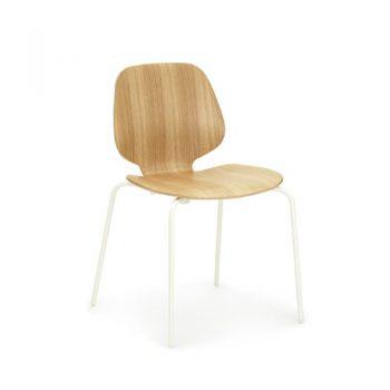 My-Chair-Eichewei-von-Norman-Copenhagen-0