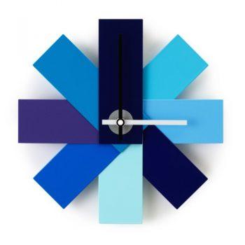 Normann-Copenhagen-Watch-me-Wanduhr-blau-0