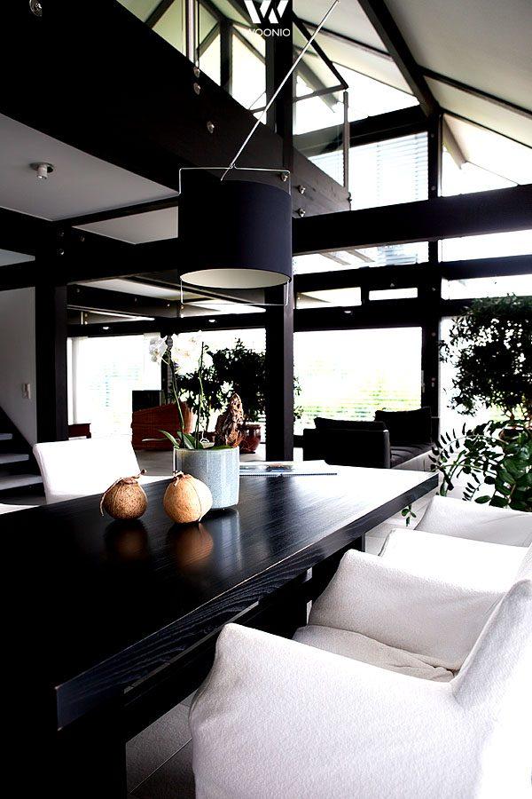 Helle Stühle Zum Dunklen Esstisch   Wohnidee By WOONIO