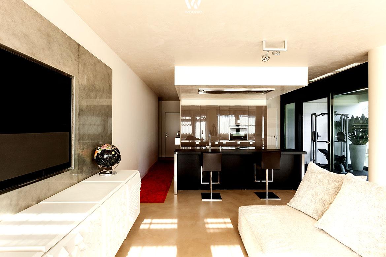 bar und wohnzimmer in einem eine praktische wohnidee. Black Bedroom Furniture Sets. Home Design Ideas