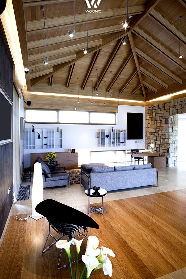 das wohnzimmer kann auch durch unterschiedliche b den von anderen r umen getrennt sein. Black Bedroom Furniture Sets. Home Design Ideas