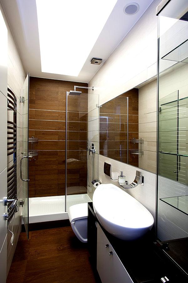 kleine badezimmer k nnen ebenfalls modern und gut aussehen wohnidee by woonio. Black Bedroom Furniture Sets. Home Design Ideas