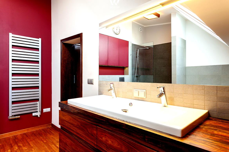 Große Waschbecken lassen beim Reinigen weniger danebengehen ...
