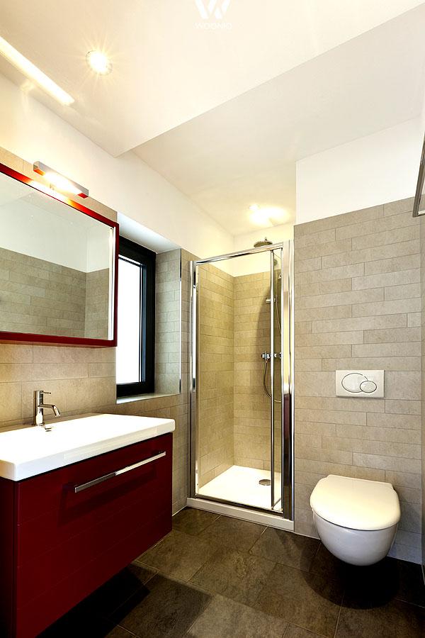 beige und rot erg nzen sich farblich ebenfalls sehr gut wohnidee by woonio. Black Bedroom Furniture Sets. Home Design Ideas