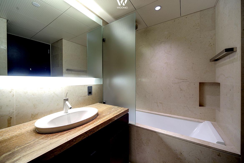 indirekte beleuchtung hinter bild interessante ideen f r die gestaltung eines. Black Bedroom Furniture Sets. Home Design Ideas