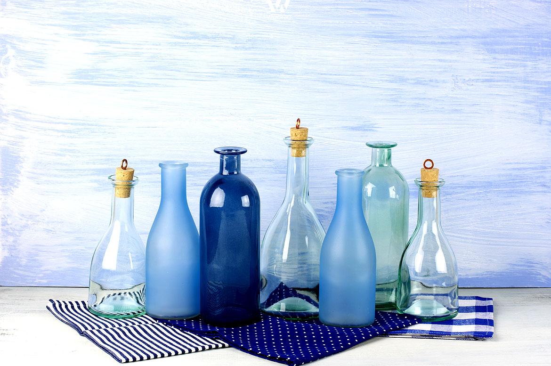 blau in unterschiedlichsten farbt nen erzeugt ein maritimes deko flair wohnidee by woonio. Black Bedroom Furniture Sets. Home Design Ideas
