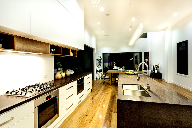 Die Anordnung von Geräten und Spülen spielt in der Küchengestaltung ...