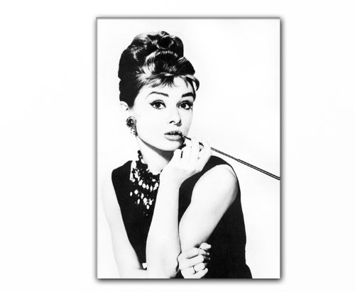 audrey hepburn 39 s smoking 80x50cm lg 020 bild auf leinwand fr hst ck bei tiffany fotokunst. Black Bedroom Furniture Sets. Home Design Ideas