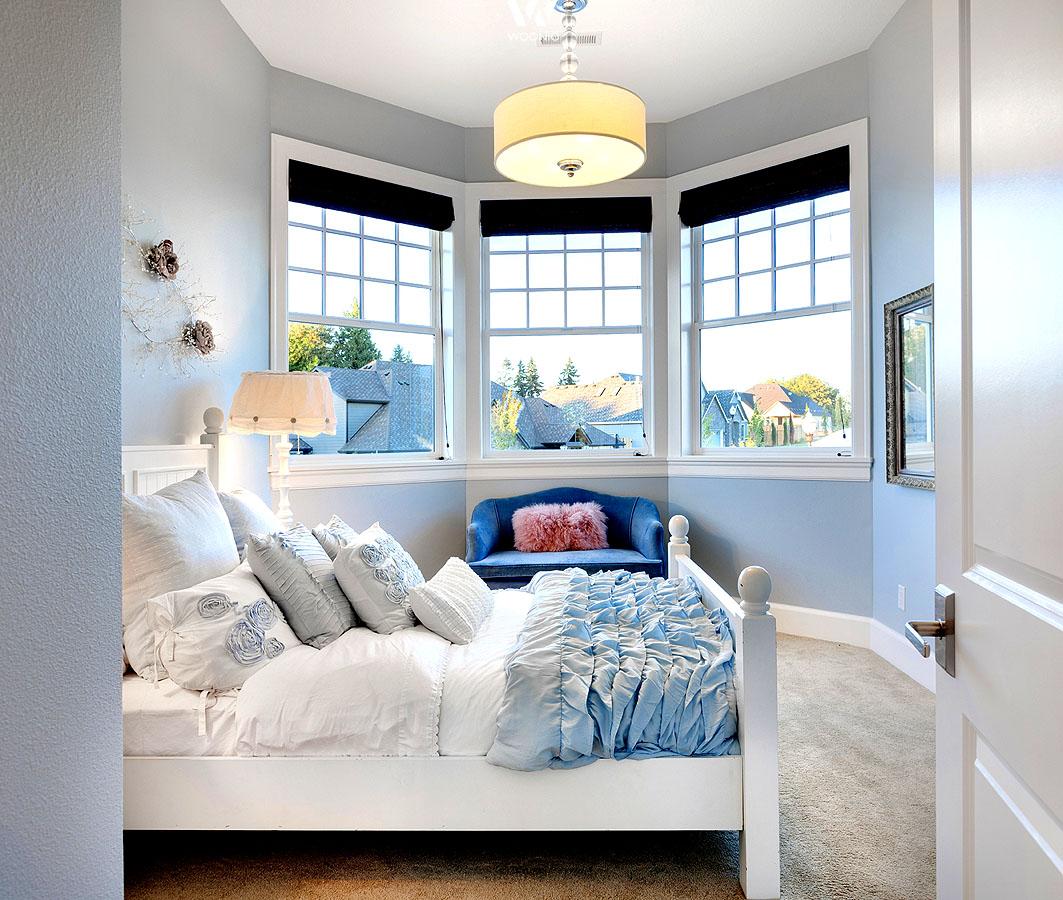 Ein kleiner erker macht das schlafzimmer romantisch die for Schlafzimmer wohnideen