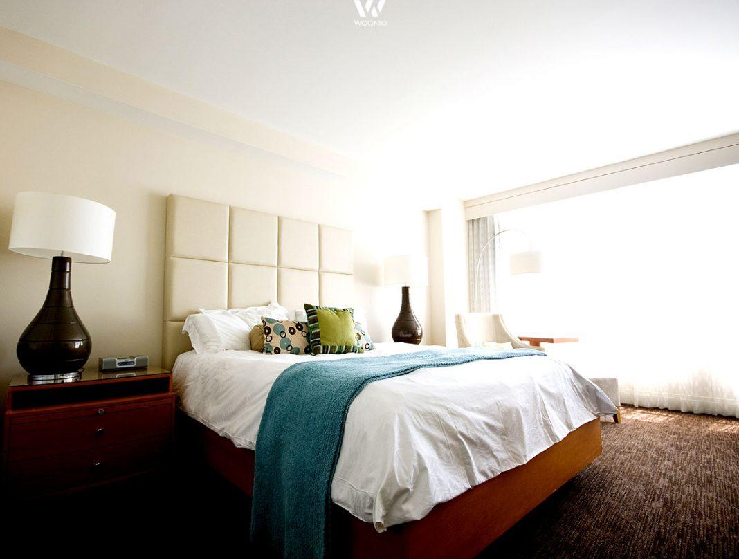 das praktische kopfteil l dt zum fr hst ck im bett ein wohnidee by woonio. Black Bedroom Furniture Sets. Home Design Ideas