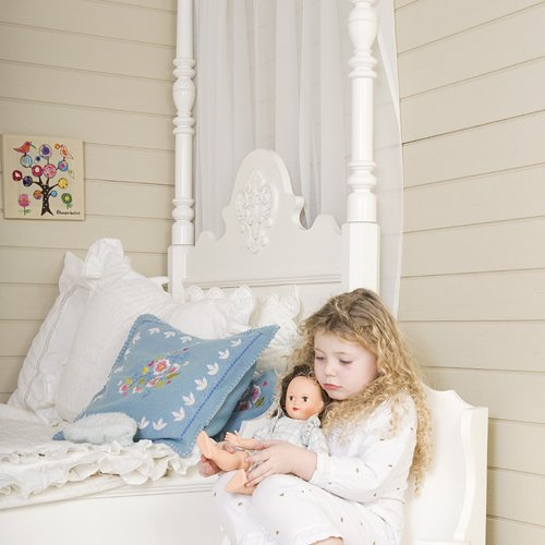 opsetims himmelbett kinderbett mit himmel tims medaillon massivholz wei 90x200cm online. Black Bedroom Furniture Sets. Home Design Ideas