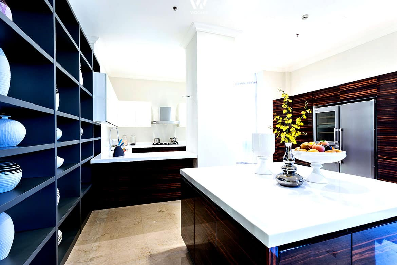 oben wei unten dunkel eine gelunge farbkombination. Black Bedroom Furniture Sets. Home Design Ideas