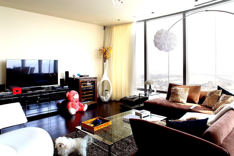 alte erinnerungsst cke wie der rote b r geben deinem wohnzimmer seine pers nliche note. Black Bedroom Furniture Sets. Home Design Ideas