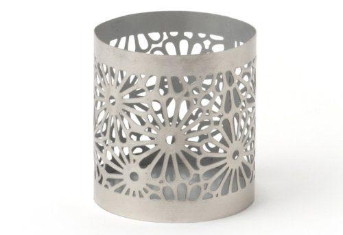 IVARY-Metall-Teelichthalter-mit-gestanztem-Blumenmuster-rund-8-x-7-cm-silber-0