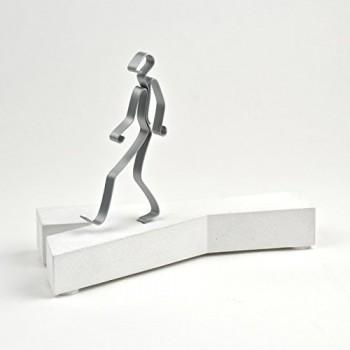 NEUE-WEGE-GEHEN-Sandstein-Geschenkidee-Skulptur-Figur-Dekoration-Made-in-GER-ein-aufrichtiges-Geschenk-mit-Substanz-und-Charisma-0