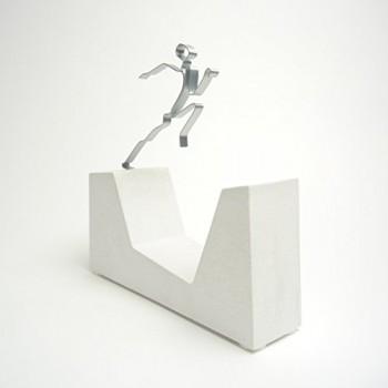 NO-RISK-NO-FUN-Skulptur-Sandsteinguss-Figur-Made-in-Germany-0