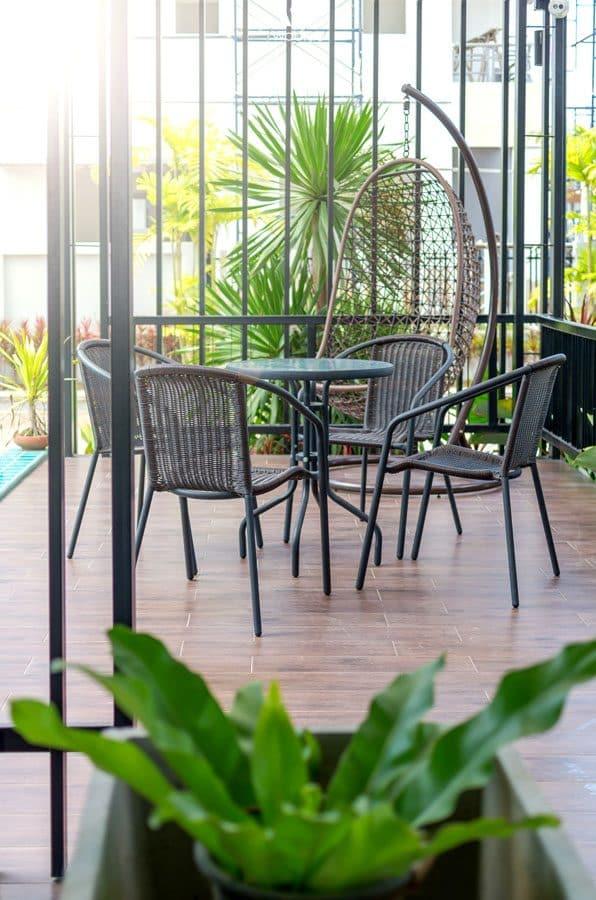 Filigrane gartenm bel wirken hochwertig wohnidee by woonio for Gartenmobel hochwertig
