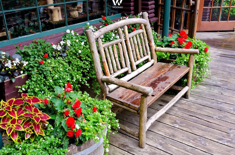 die kleine bank im garten l dt immer wieder zum entspannen ein wohnidee by woonio. Black Bedroom Furniture Sets. Home Design Ideas
