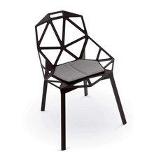 Magis-Chair-One-Stapelstuhl-schwarz-0
