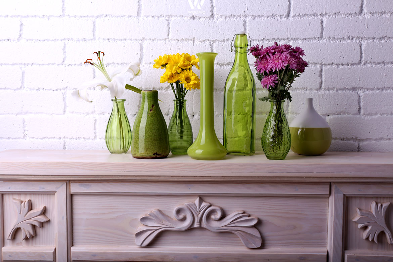 Die Grünen Vasen passen praktisch zu allen möglichen Blümchen ...