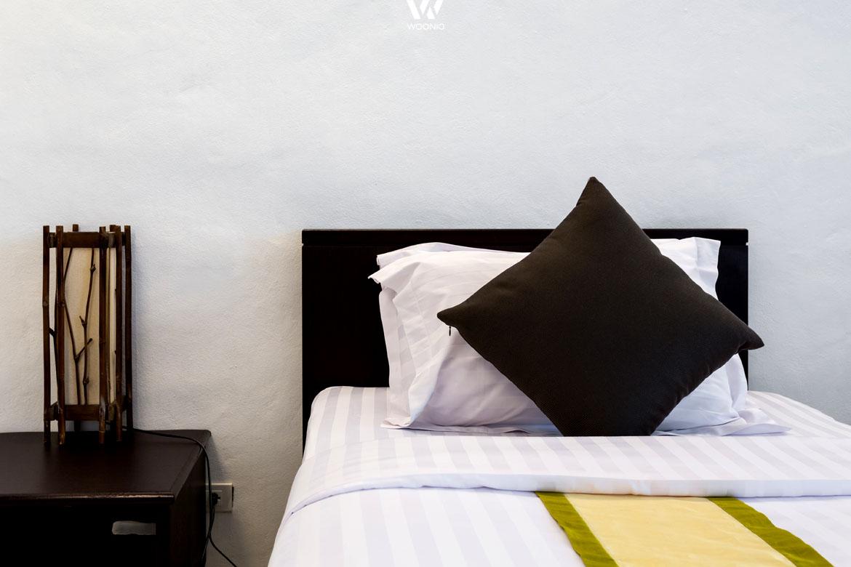 deko und sonstige raumgestaltung passt hier perfekt. Black Bedroom Furniture Sets. Home Design Ideas