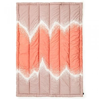 Normann-Copenhagen-Steppdecke-Sprinkle-blush-0