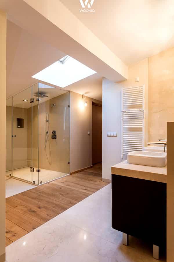 die optische trennung zwischen dusche und waschbecken