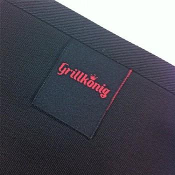 Hier-grillt-der-Chef-persnlich-Grillschrze-Kochschrze-Latzschrze-mit-verstellbarem-Nackenband-und-Seitentasche-Grillknig-Edition-0-0