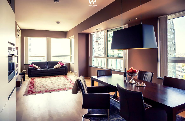 farblich ist hier der gesamte essbereich in schwarz gehalten wohnidee by woonio. Black Bedroom Furniture Sets. Home Design Ideas