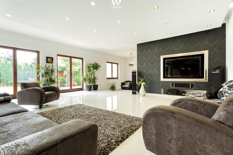Besondere Materialien bzw. Muster zeichnen dieses Wohnzimmer aus