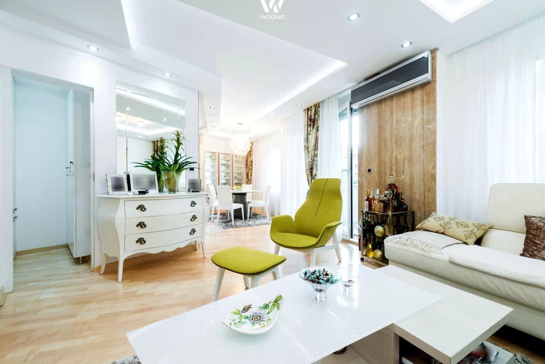 ein stilmix im wohnzimmer der seines gleichen sucht wohnidee by woonio. Black Bedroom Furniture Sets. Home Design Ideas