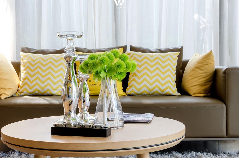 versuche auch besondere farben in deinem wohnzimmer einzubinden wohnidee by woonio