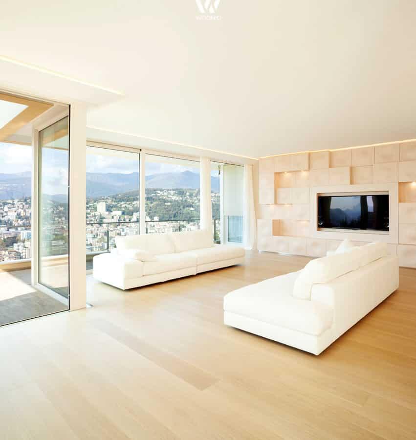 ein wahrhaftiger traum in beige und holz mit dezenten kleinen lichtern in der wohnwand. Black Bedroom Furniture Sets. Home Design Ideas