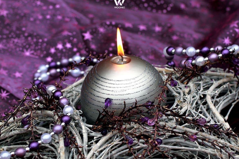 Lila und silber als auff llige dekoidee zu weihnachten for Christbaumkugeln lila silber