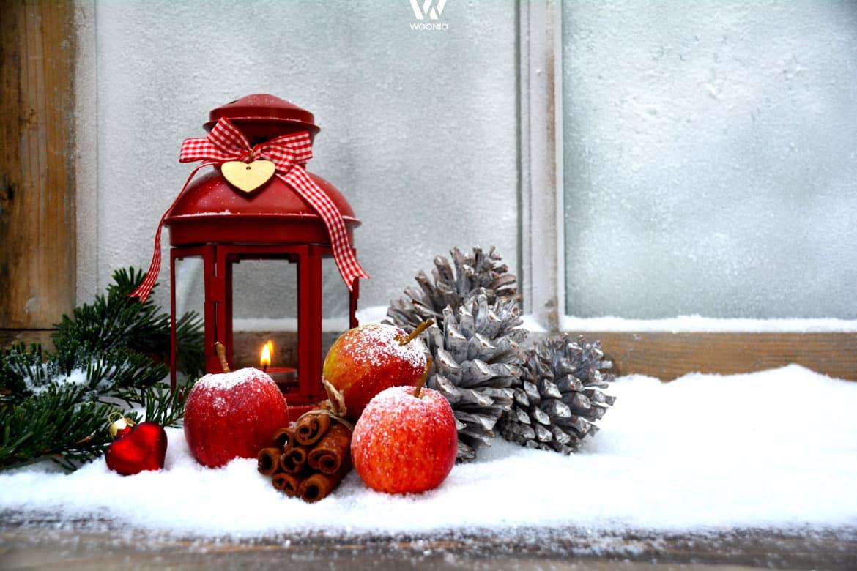 das fensterbrett als platz f r die weihnachtsdekoration wohnidee by woonio. Black Bedroom Furniture Sets. Home Design Ideas