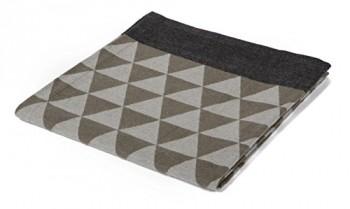 Biederlack-649805-Wohn-und-Kuscheldecke-Baumwoll-Mischgewebe-Umschlagsaum-150-x-200-cm-grau-Scala-Triangles-0