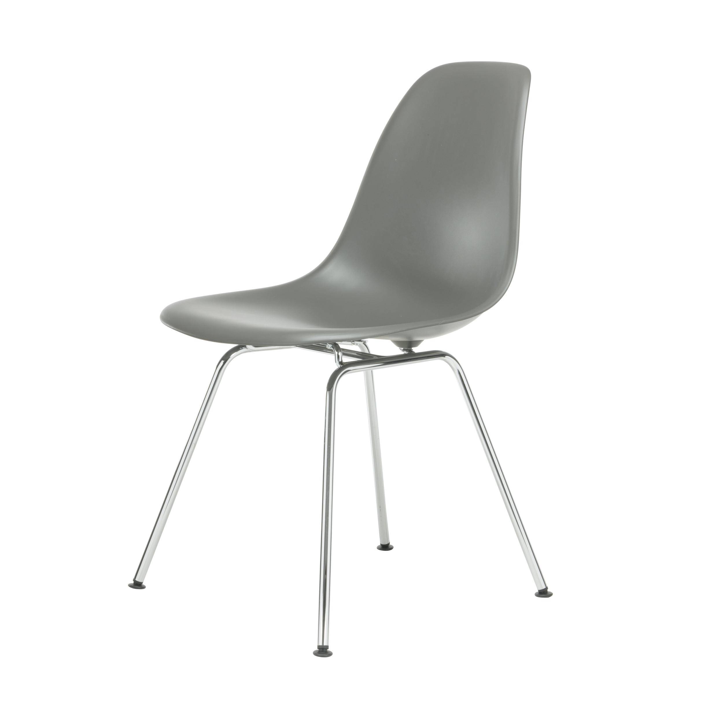 Eames plastic side chair stuhl dsx mit kunststoffgleitern for Eames chair bestellen