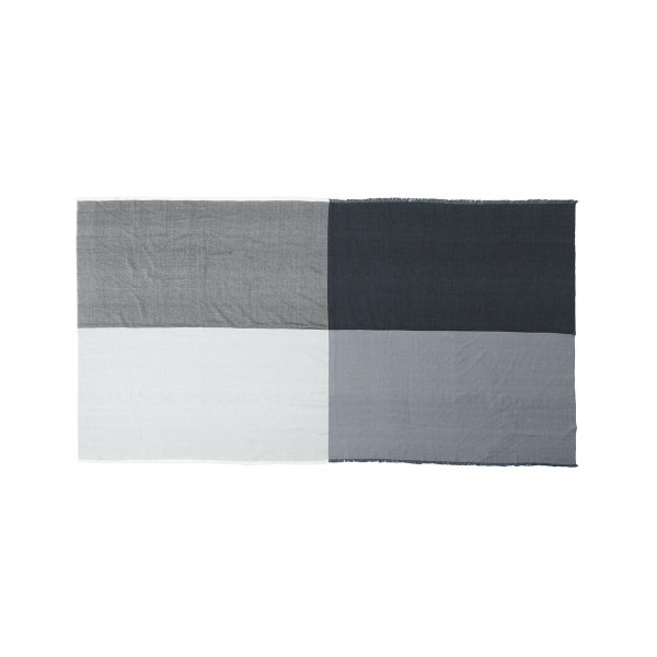 Menu - Square WolldeckeGrauT:180 B:140