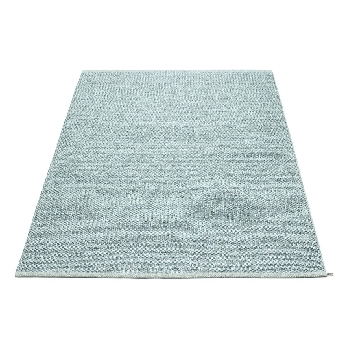 pappelina svea teppich 140 x 220 cm azurblue metallic pale turquois azurblau t 140 h 0 b. Black Bedroom Furniture Sets. Home Design Ideas