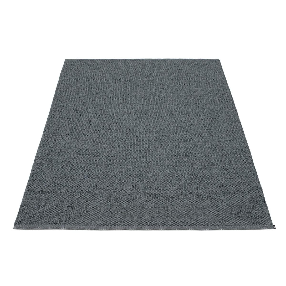 pappelina svea teppich 140 x 220 cm granit black metallic granitgrau t 140 h 0 b 220. Black Bedroom Furniture Sets. Home Design Ideas