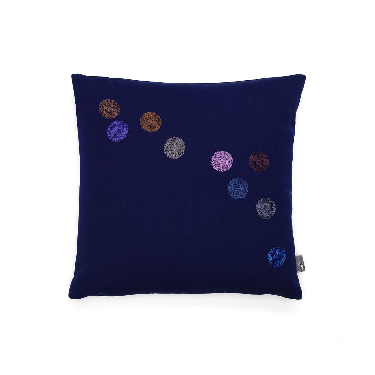 vitra dot kissen 40 x 40 cm tintenblau blau t 40 b 40 online kaufen bei woonio. Black Bedroom Furniture Sets. Home Design Ideas