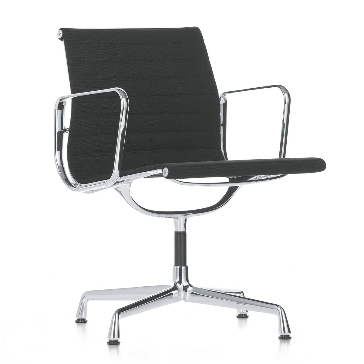 vitra ea 107 stuhl poliert mit armlehnen hopsak nero. Black Bedroom Furniture Sets. Home Design Ideas