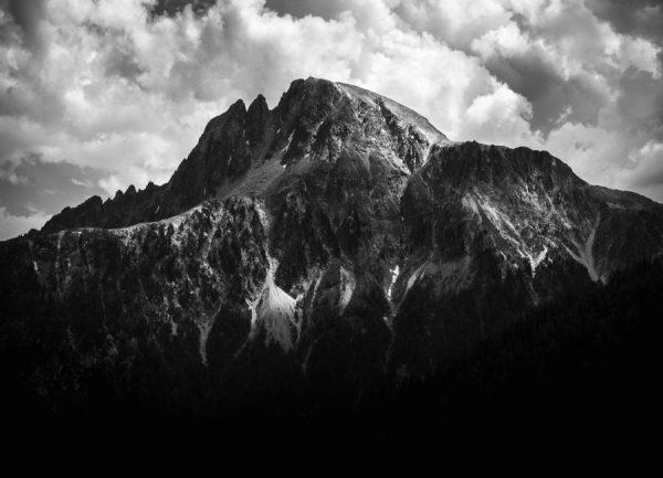 Black Mountains Leinwandbild