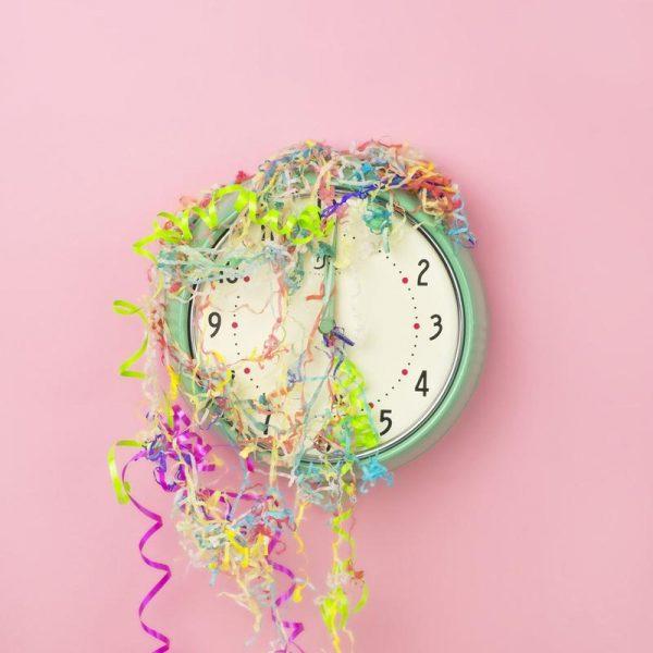 Clock Confetti Leinwandbild