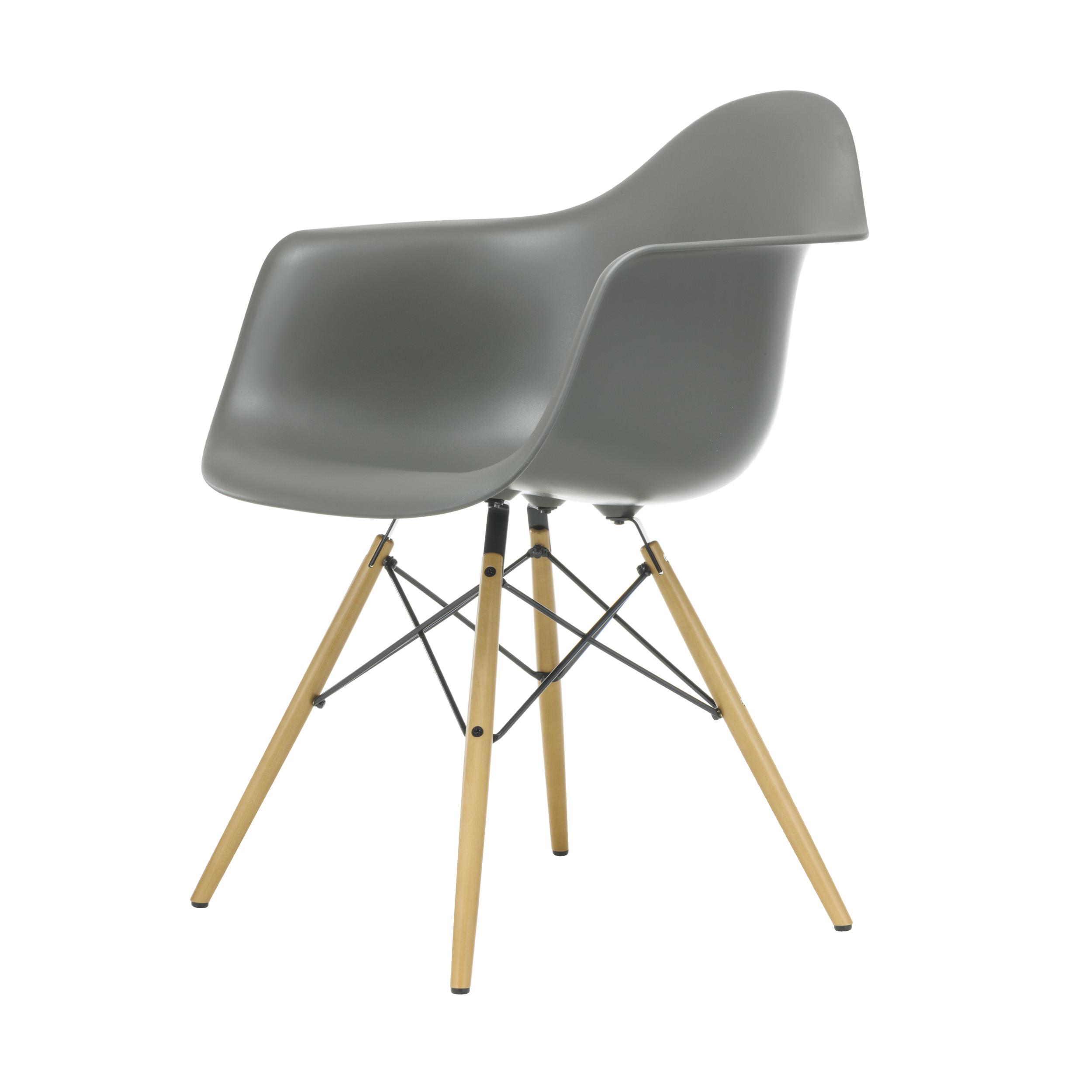 eames plastic armchair stuhl daw mit filzgleitern basalt ahorn neue ma e online. Black Bedroom Furniture Sets. Home Design Ideas