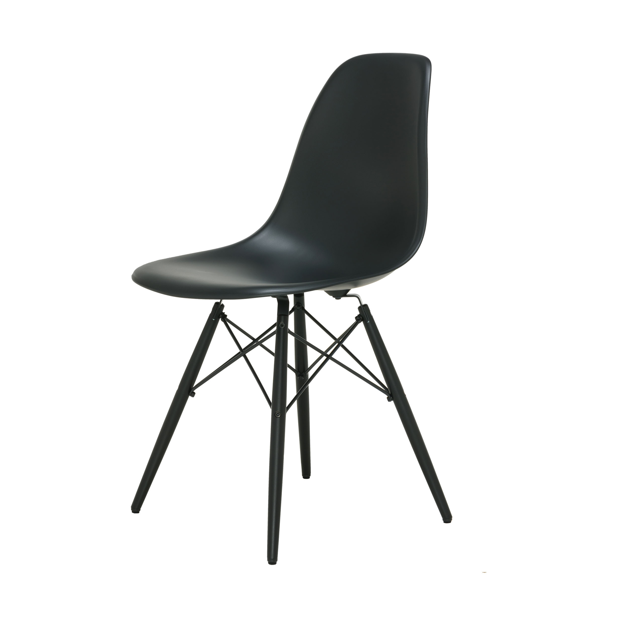 eames plastic side chair stuhl dsw mit kunststoffgleitern basic dark ahorn lackiert neue ma e. Black Bedroom Furniture Sets. Home Design Ideas