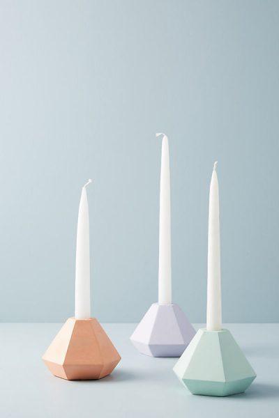 Facettenreicher Kerzenständer aus Beton - Sky44302974EU